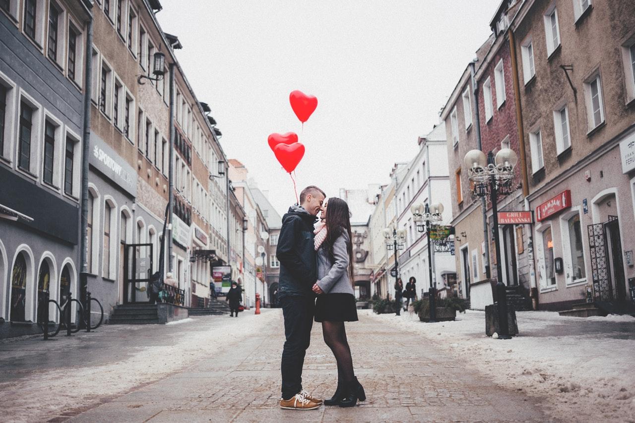 4 Tips For Taking Engagement Photographs